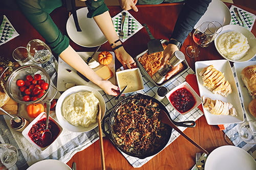 4 things your family always says during thanksgiving dinner