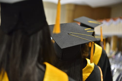 5 things all high school students need to do before graduation